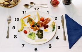 Mách mẹ cách phân bổ bữa ăn hợp lý cho trẻ